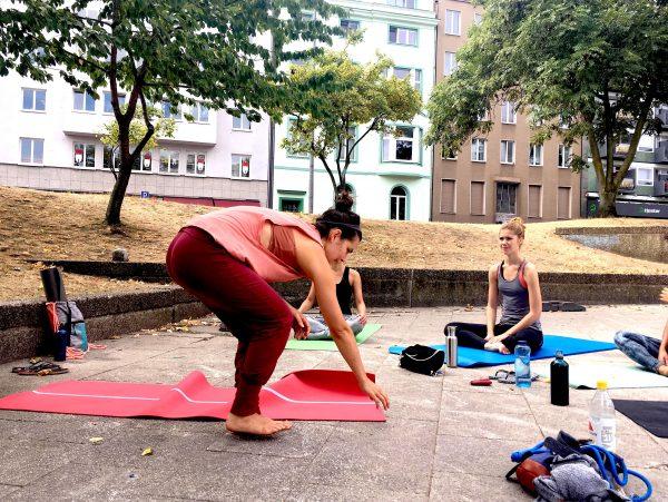 Yoga auf dem Ebertplatz, Juli 2018