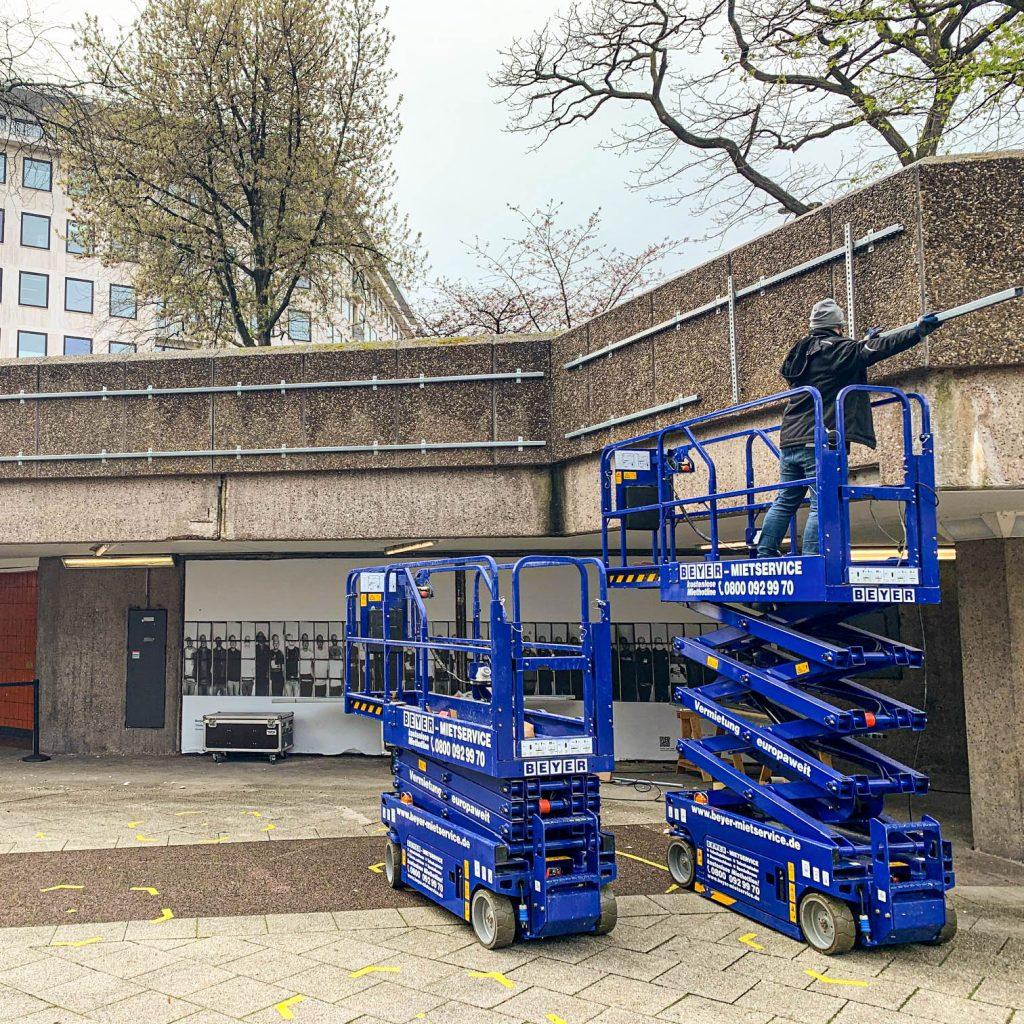 Aufbau der Installation, Foto: Nadine Müseler, 2021